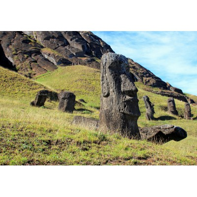 Puzzle Grafika-Kids-00629 XXL Pieces - Moai at Quarry, Easter Island