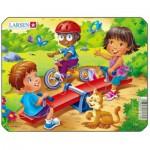 Larsen-Z10-1 Frame Jigsaw Puzzle - Playground